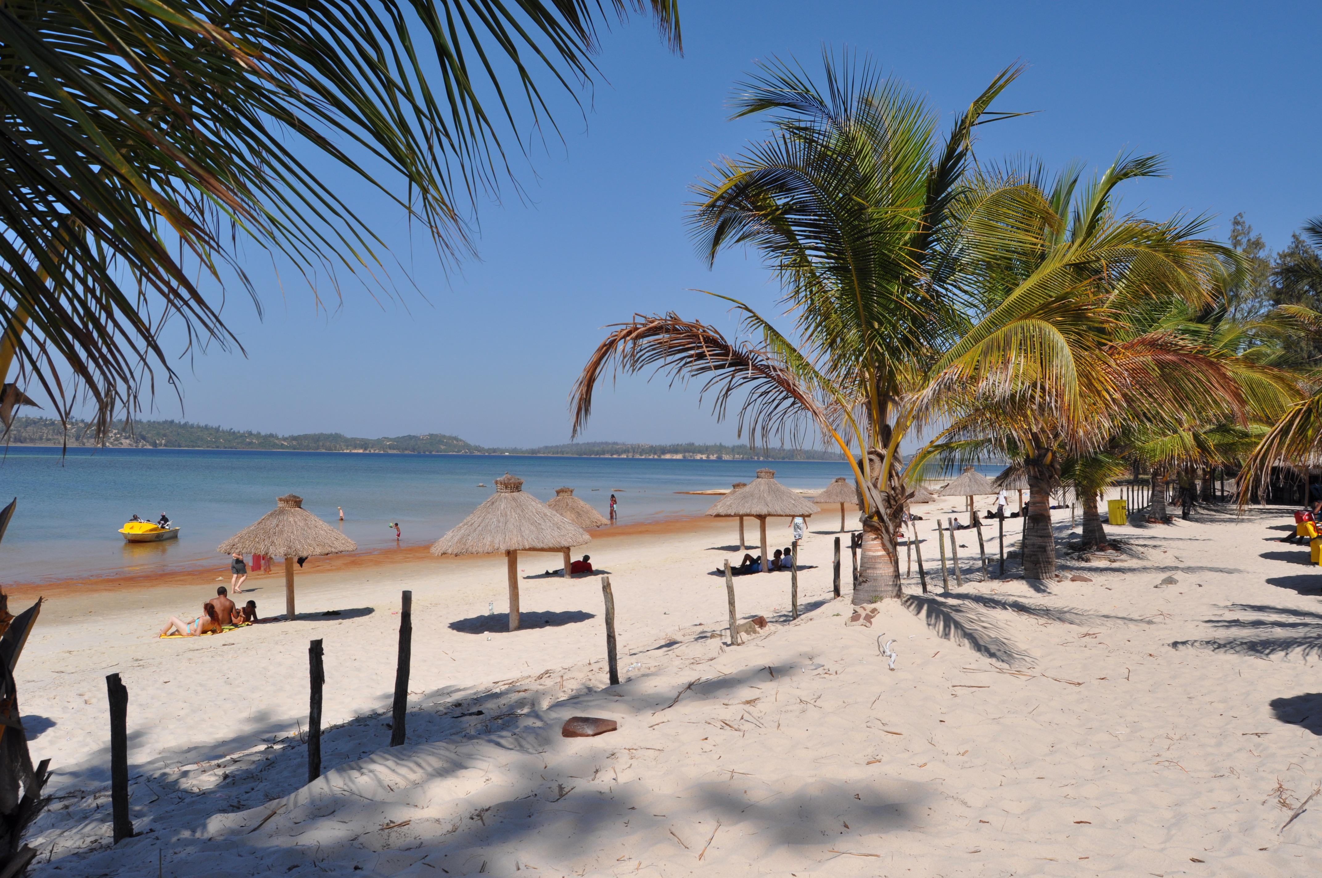 Bilene Mozambique  city photos : Bilene beach | The Davis family in Mozambique